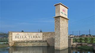 Lakes of Bella Terra West - Final Opportunity